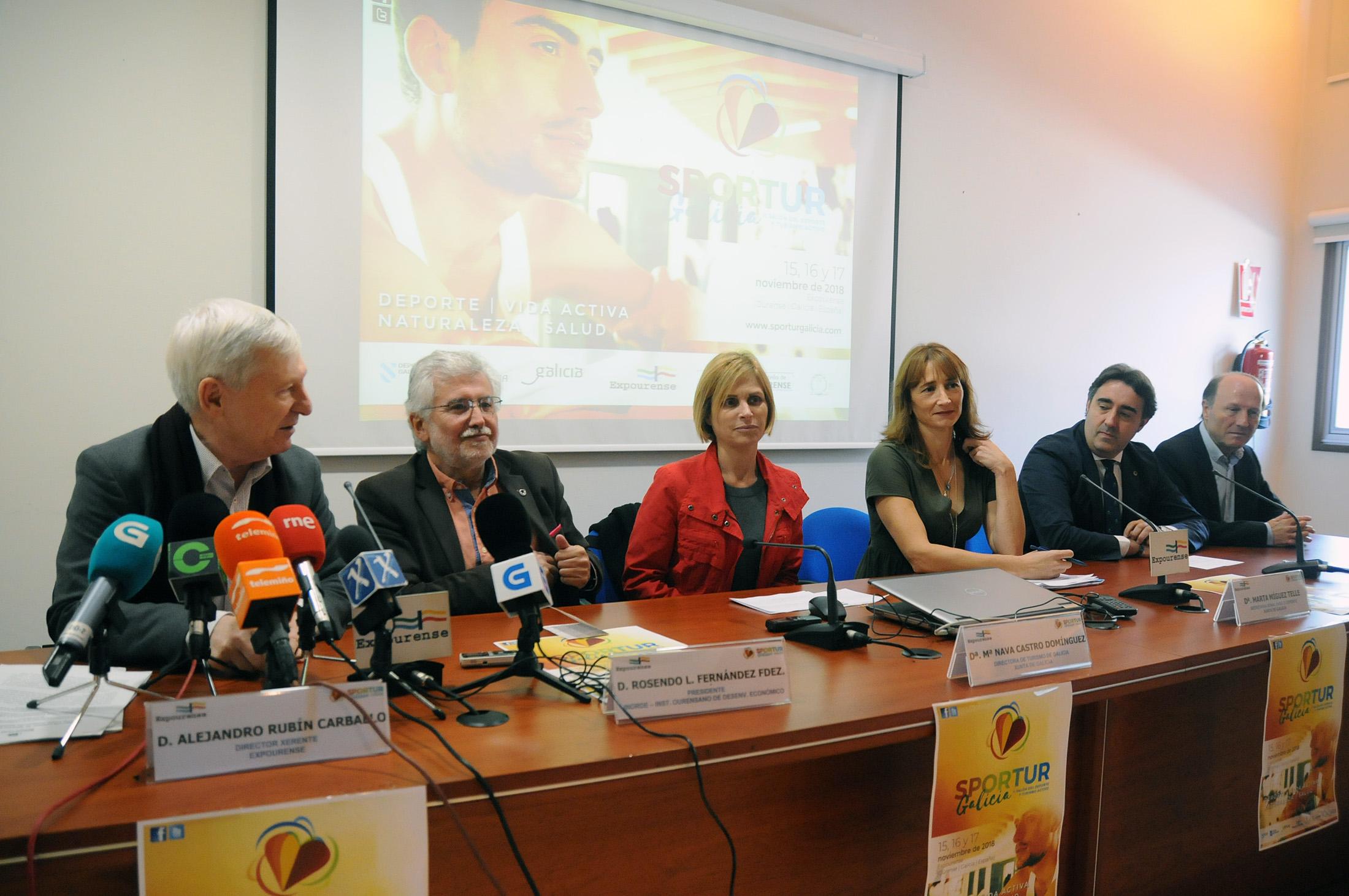 Marta Míguez e Nava Castro na presentación de Sportur